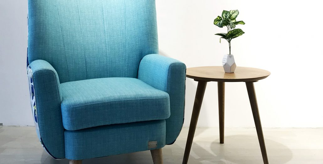 Evelyn armchair with coffee table